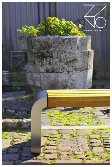 Miejska, stalowa ławka Gravis